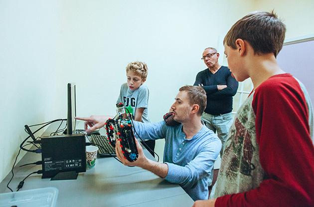 Advanced Academic Programs of Roslyn Redesigns STEM Offerings