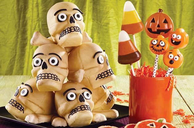 skull and crossbones cakes
