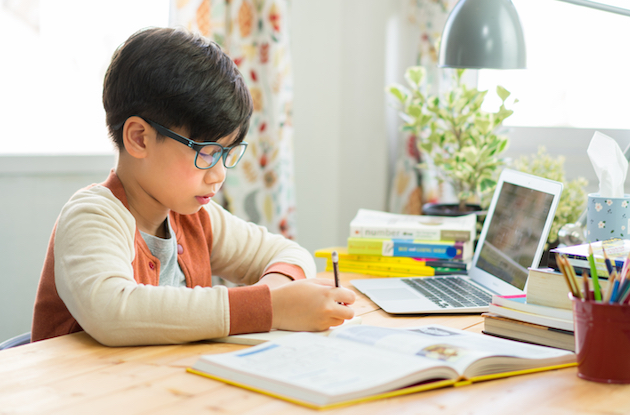 How to Create the Ideal Kids Homework and School Work Station at Home