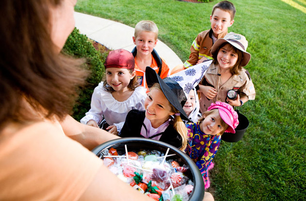 Halloween Safety Tips for 2020