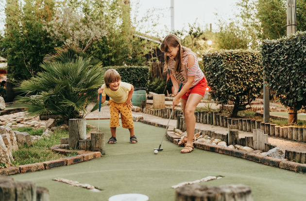 The Top Mini Golf Courses for Families in Rockland County