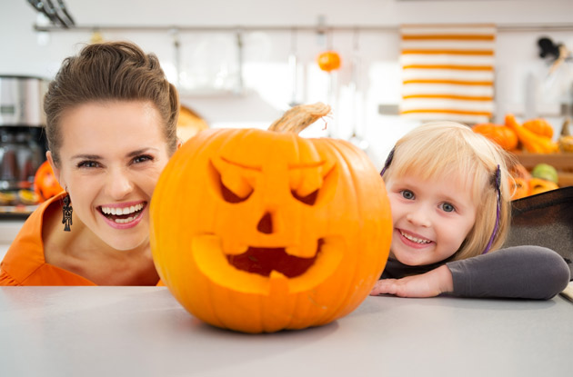 Enter the Pumpkin Carving & Decorating Contest sponsored by Palisades Center to win a fun Family Day!