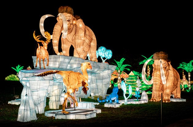 The NYC Lantern Festival Will Amaze Your Whole Family This Holiday Season