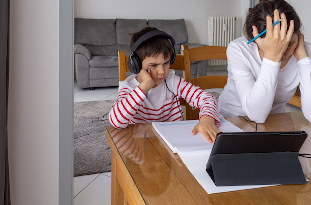 Ask @DadandBuried: How Do I Teach my Kids During Online Learning?