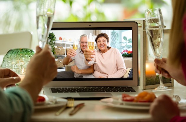 The 7 Best Video Chat Devices for Connecting with Loved Ones