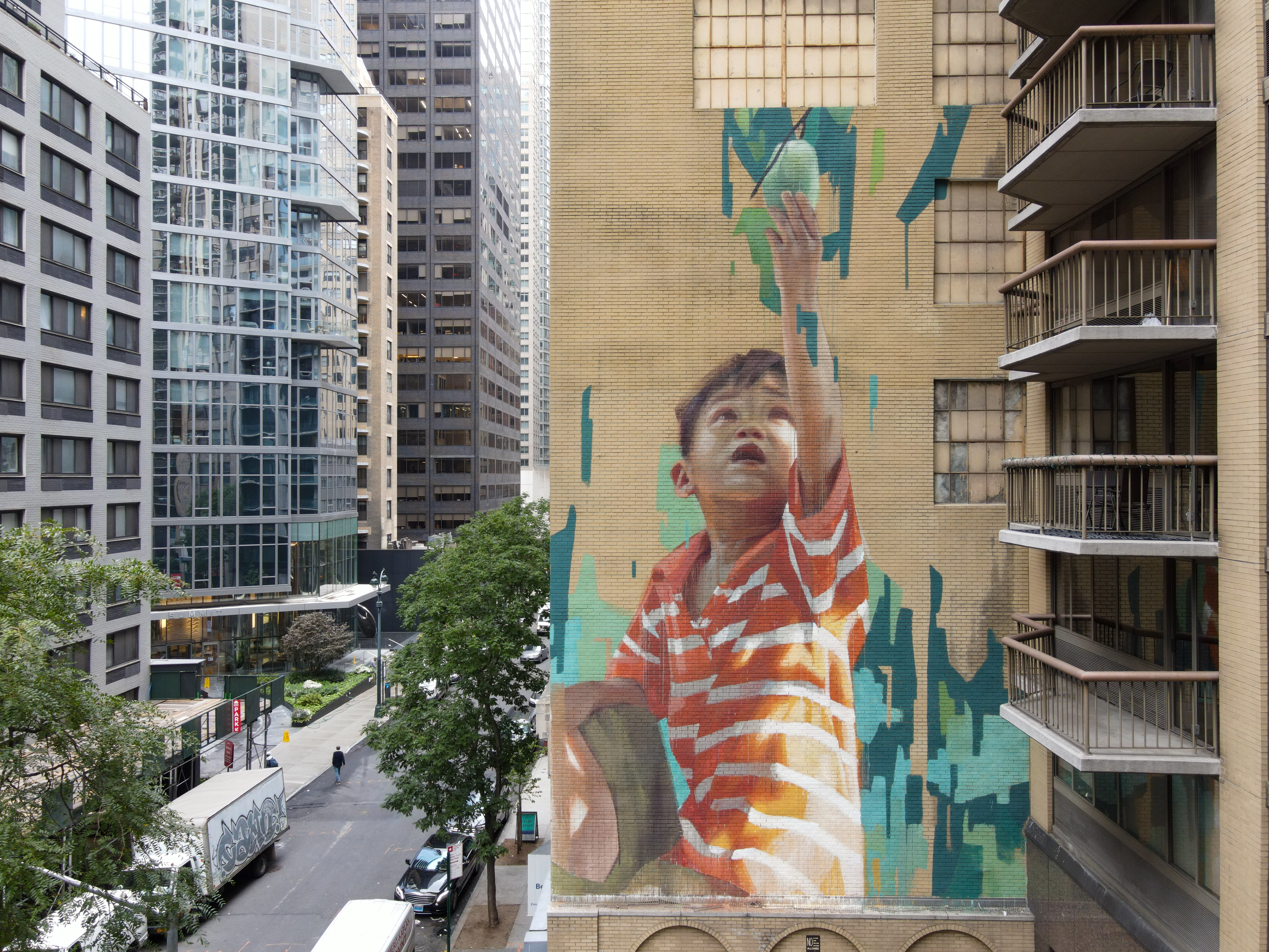 IN PERSON NEW NYC Mural: Kashi Teams Up With UN + Street Art For Mankind For Hunger at New York City's Midtown
