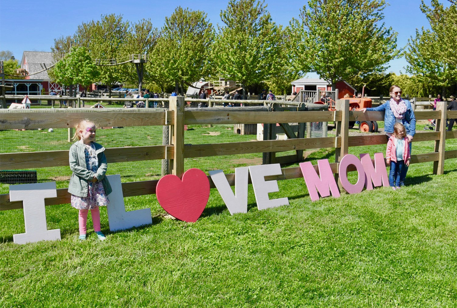 Harbes Mother's Day Festival at Harbes Family Farm