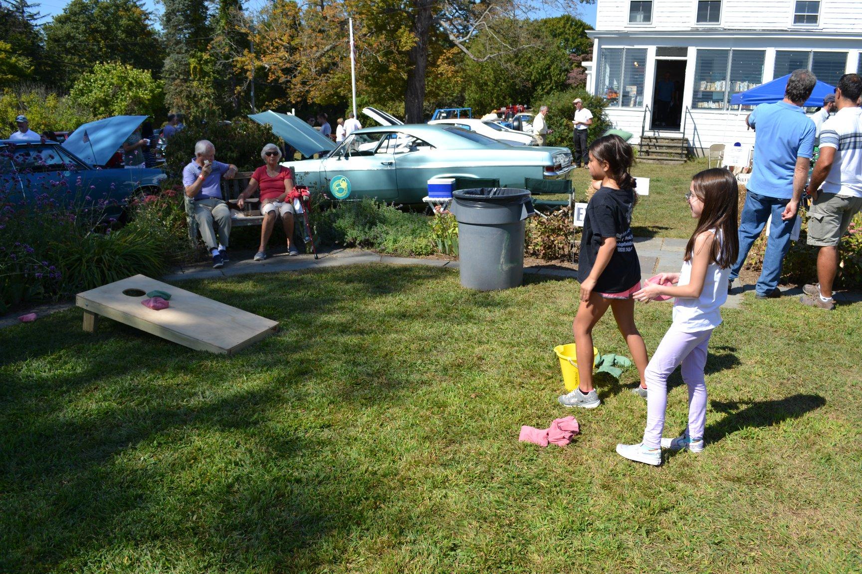 Lewisboro Library Fair at Onatru Farm Park