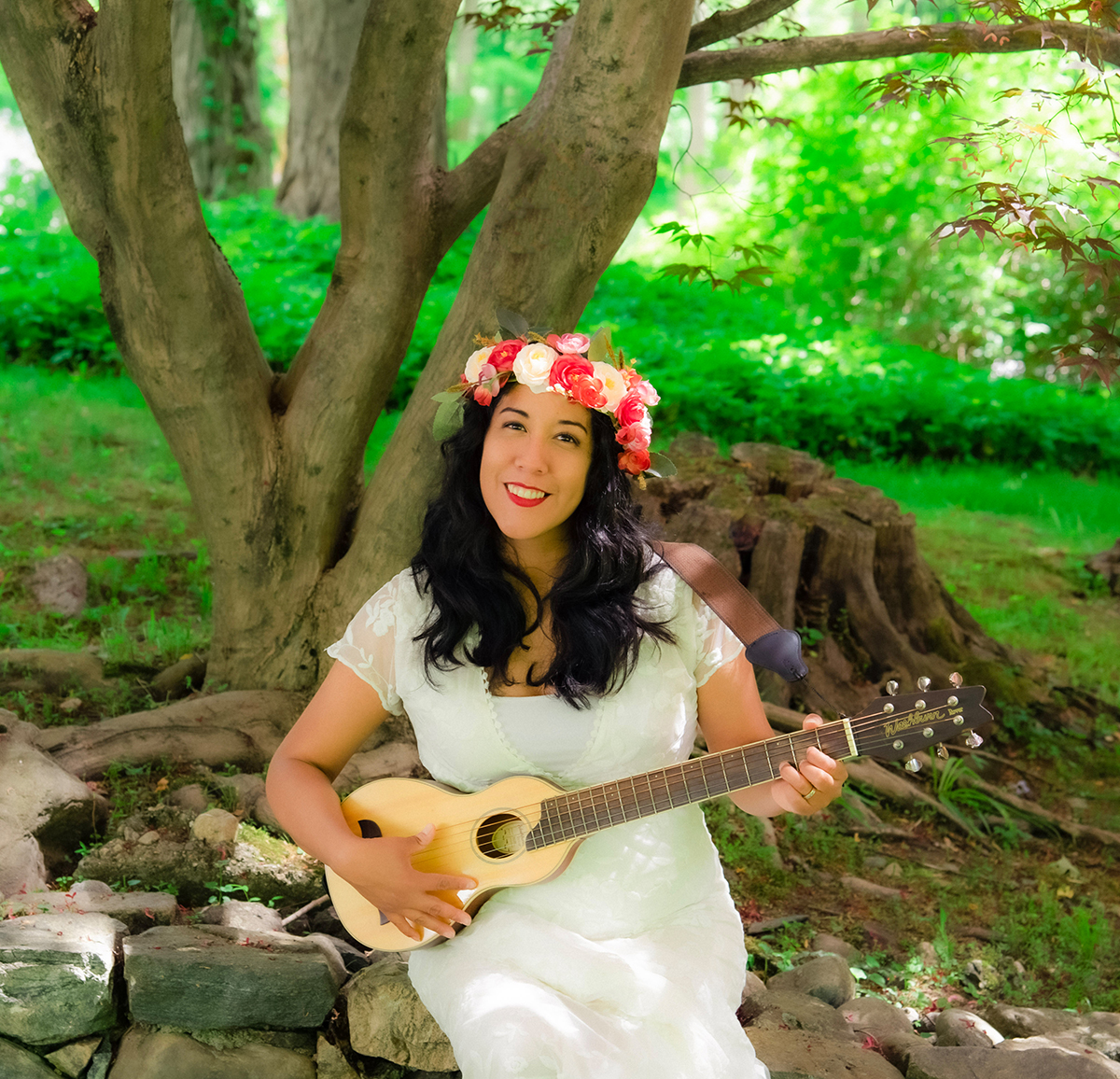 Pacha Fiesta, a pre-release concert with Flor Bromley and friends at Pier I, Riverside Park South