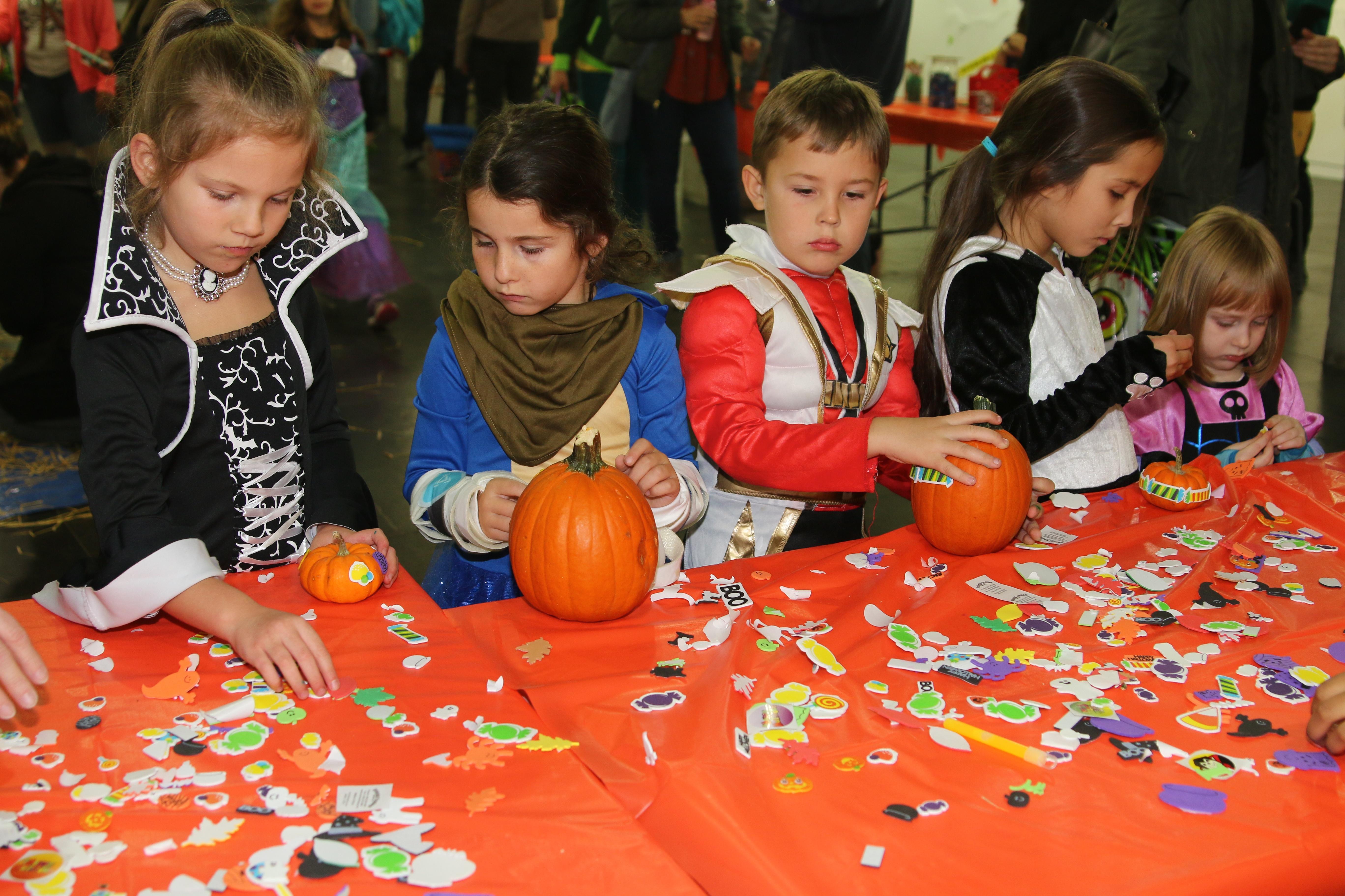 Halloween All Day! at Staten Island Children's Museum