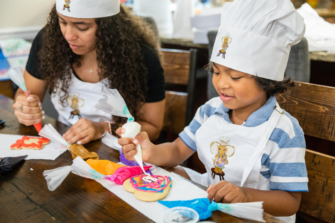ONLINE Spooky Cookie Decorating at Blues Baking Bash