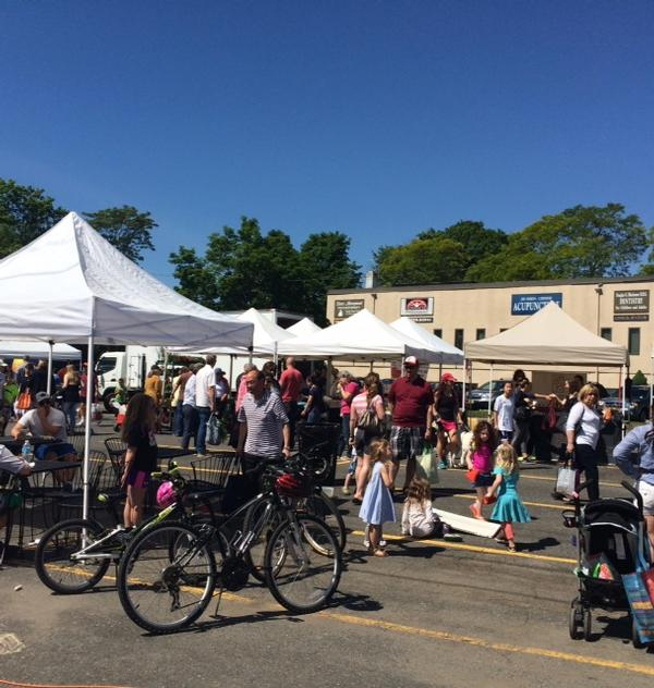 Ramsey Farmers' Market at Erie Plaza
