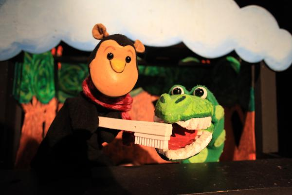 ONLINE Puppet Playgroup at Goat on a Boat Theater