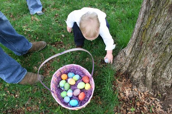 Annual Egg Hunt at Belmont Lake State Park