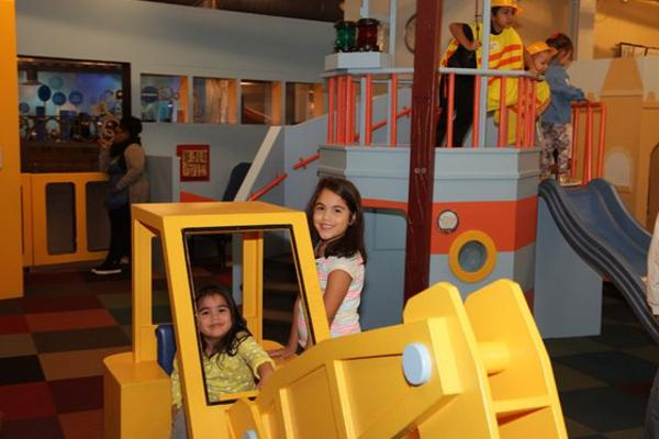 Kid Chat at Long Island Children's Museum