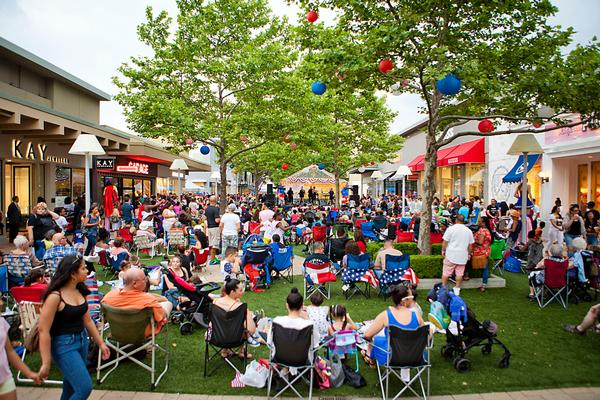 Outdoor Concerts at Cross County Shopping Center