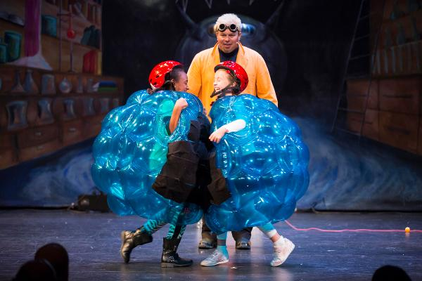 KidFEST: Doktor Kaboom and the Wheel of Science at Guild Hall of East Hampton