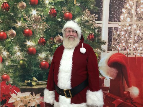 Meet Santa In Person At Hicks Nurseries