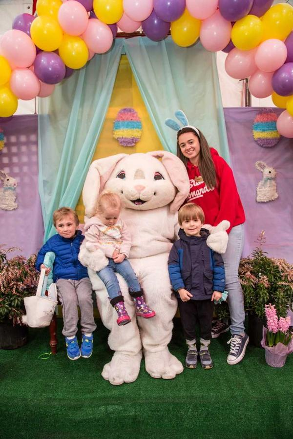 BREAKFAST, BRUNCH OR LUNCH WITH THE EASTER BUNNY at Stew Leonard's