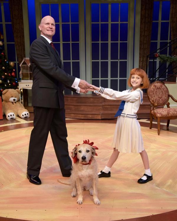 'Annie' at Westchester Broadway Theater