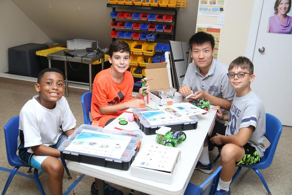 FREE Robotics Class at Extreme STEAM Science Kids at Park Shore