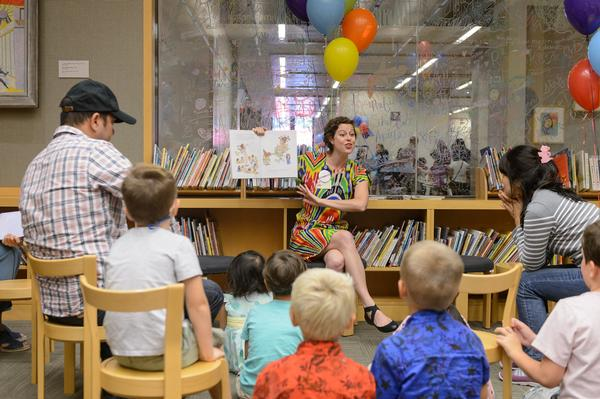 Storytime in Nolen Library at The Metropolitan Museum of Art