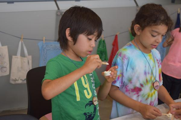 Mid-Winter Break Family Programs: George Washington Carver Workshop at Queens Botanical Garden