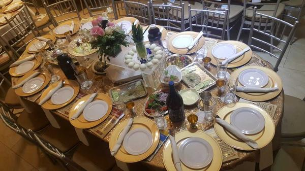 Sepharadic Seder at Chabad of Great Neck