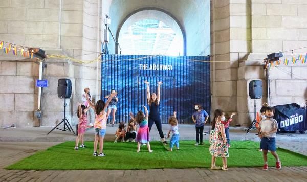 Daily Dose of Dumbo: Story Time with Ms. Kat from Adams Street Library at Dumbo Archway