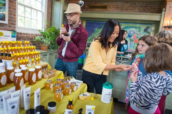 In The Shop: HoneyGramz Honey Tasting at Wave Hill