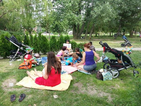 Storytime in the Park at Socrates Sculpture Park