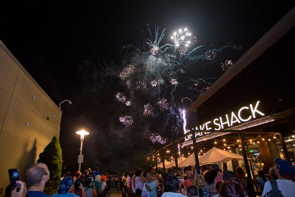 Cross County Shopping Center Spectacular Fireworks Show and