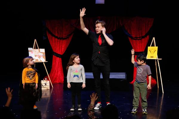 Playtime at The Palace: The Amazing Max at Palace Theatre
