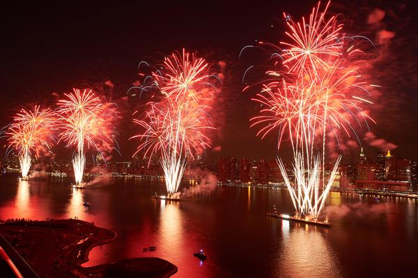 42nd Annual Macy's 4th of July Fireworks at East River