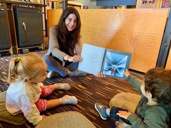 Storytime at Hudson River Museum