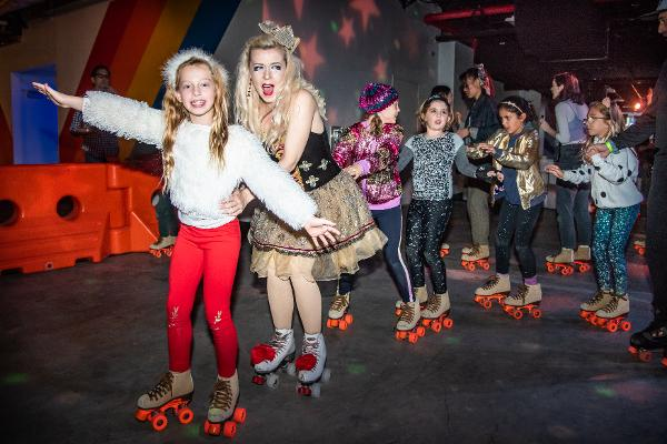 SPARKLE SKATE at DREAMLAND ROLLER RINK BKLYN
