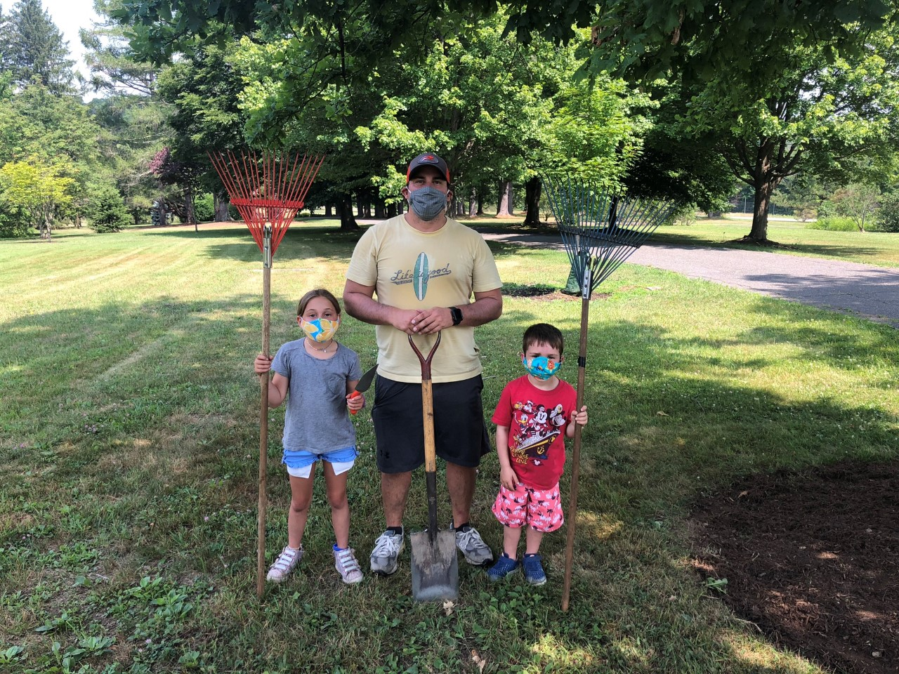 Pitch in for Parks 2021- Cleanup at Kensico Dam Plaza at Westchester Parks Foundation