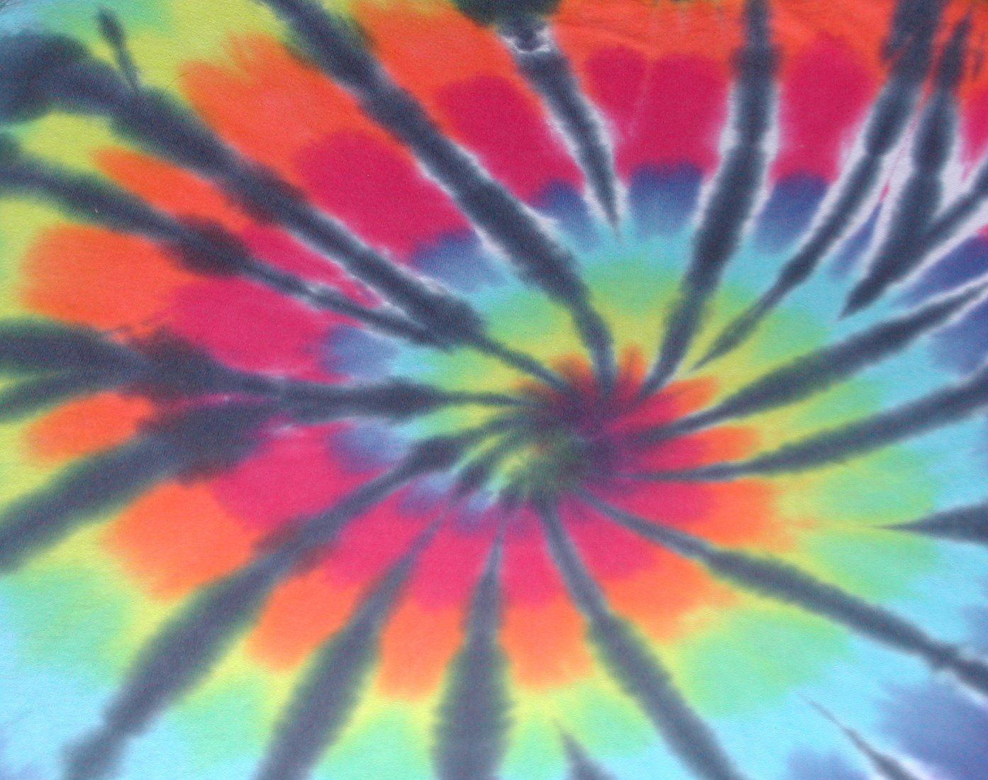 Family Tie-Dye at Teen Center at The Patchogue-Medford Carnegie Library
